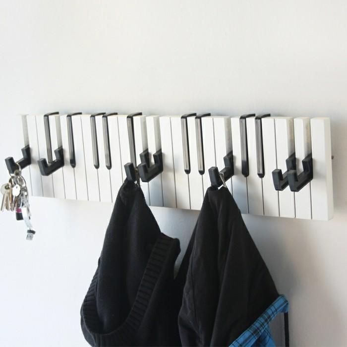 garderobe-ideen-wie-ein-klavier