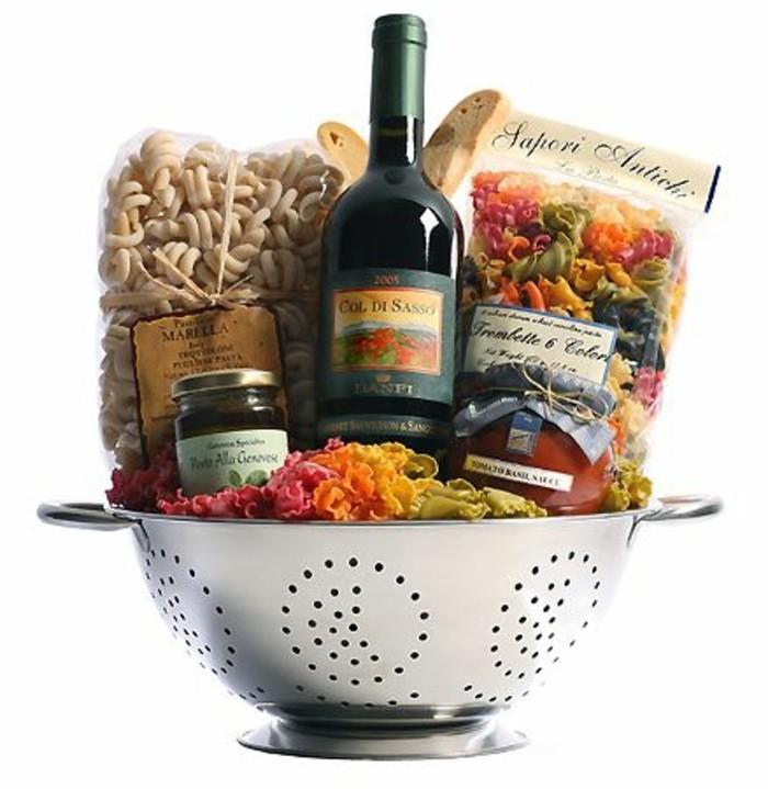 geschenke-aus-der-kuche-geschenkideen-aus-der-kuche-italien-pasta-wein-sose