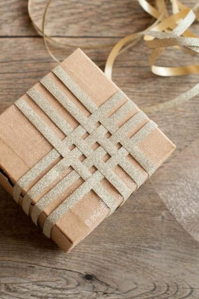 geschenkverpackung-geschenkbox-verpackung-goldene-schleife