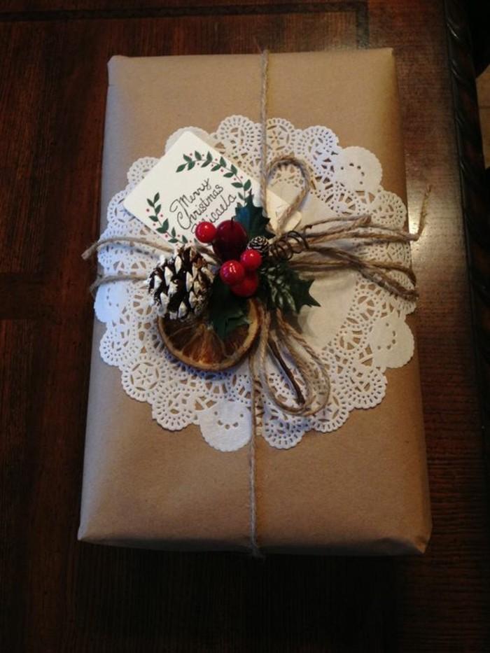 geschenkverpackung-geschenkschachtel-mit-zafen-und-zweige
