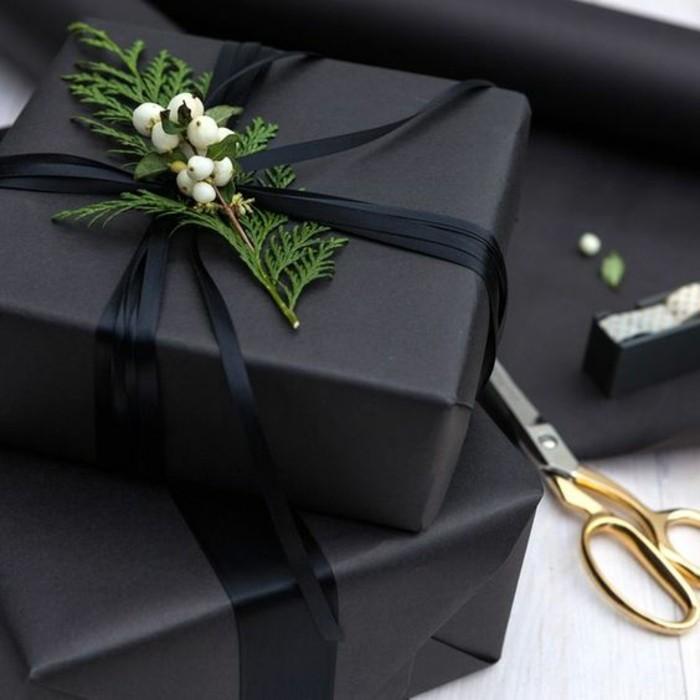geschenkverpackung-verpackung-basteln-schwarze-geschenkverpackung-mit-zweige
