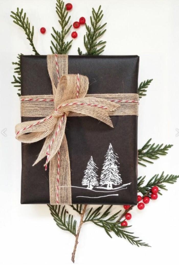 geschenkverpackung-verpackungen-basteln-braune-schleife-schwarze-verpackung-zweige