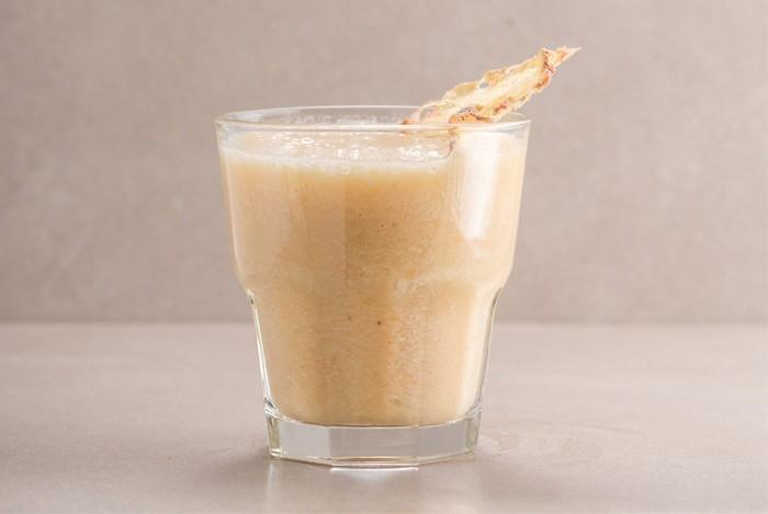 gesundes-leckeres-essen-gesunde-getraenke-schnelles-getraenk-gruene-tee-cocktail-zum-abnehmen