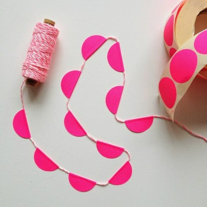 Funny garland crafts for Christmas decoration!