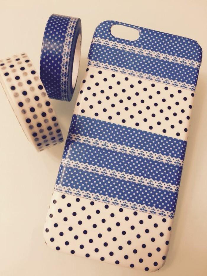 handyhulle-selbst-gestalten-handyhulle-selber-gestalten-mit-klebeband-in-beige-und-blau