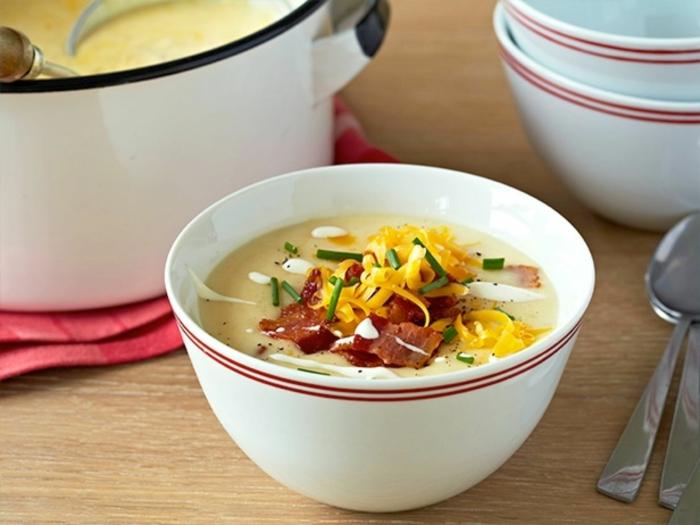 kartoffelcremesuppe-leichtes-mittagessen-schnelles-mittagessen-gesundes-leckeres-essen
