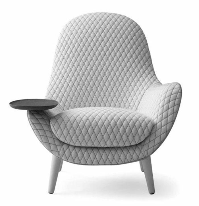minimalistische-polstermoebel-guenstig-grauer-stuhl-gestelle