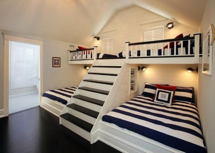 schlafzimmer-inspirationen-bett-mit-treppe-in-weiss-und-schwarz