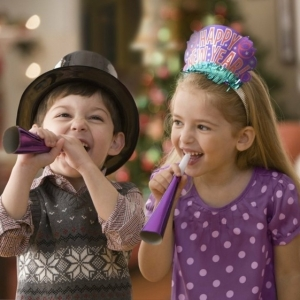 Silvester mit Kindern - 40 lustige Ideen für zusammen Feiern