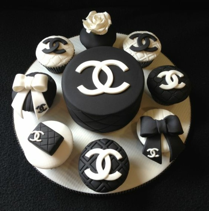1001 Ideen Für Torte Zum 18 Geburtstag Für Unvergessliches Feier
