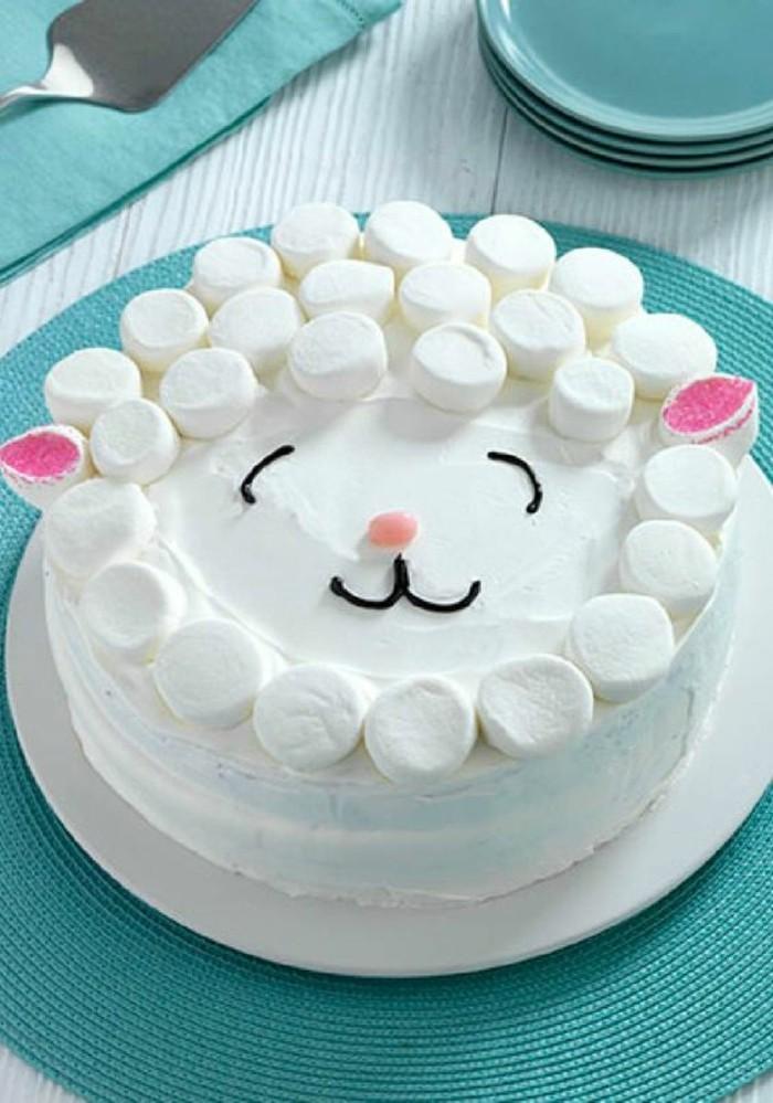 torte-zum-18-geburtstag-geburtstagstorten-lachelnde-torte-zufriedene-katze-zufriedene-gaeste