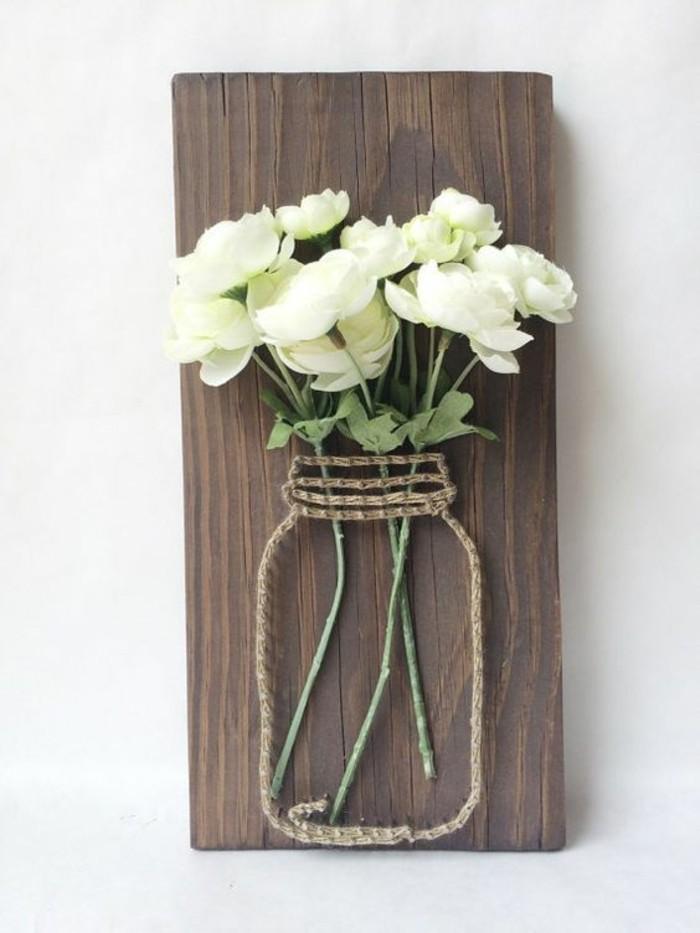 wanddeko-selber-machen-fruhlingsdeko-basteln-weise-rosen-holz