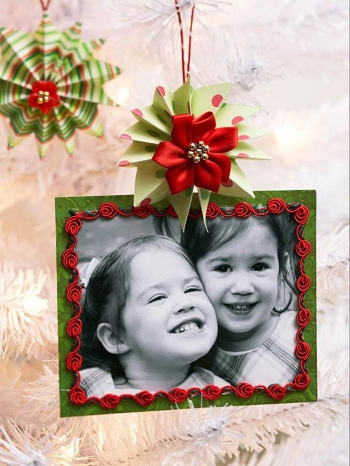 weihnachtssachen-basteln-einen-bilderrahmen-schaffen