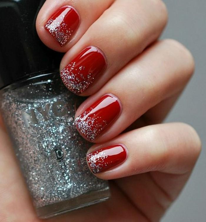 11-gelnagel-glitzer-roter-nagellack-silber-finger-nagel-weihnachten