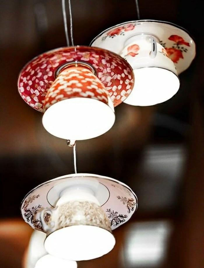 6-lampe-basteln-aus-bunten-kaffeetassen