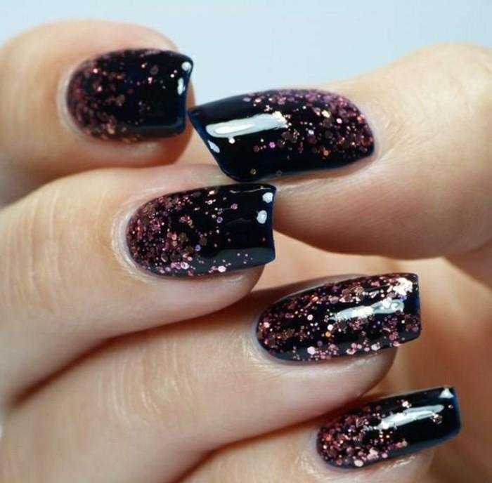 6-nageldesign-schwarz-rosa-glitzer-weihnachten-silvester-nagel