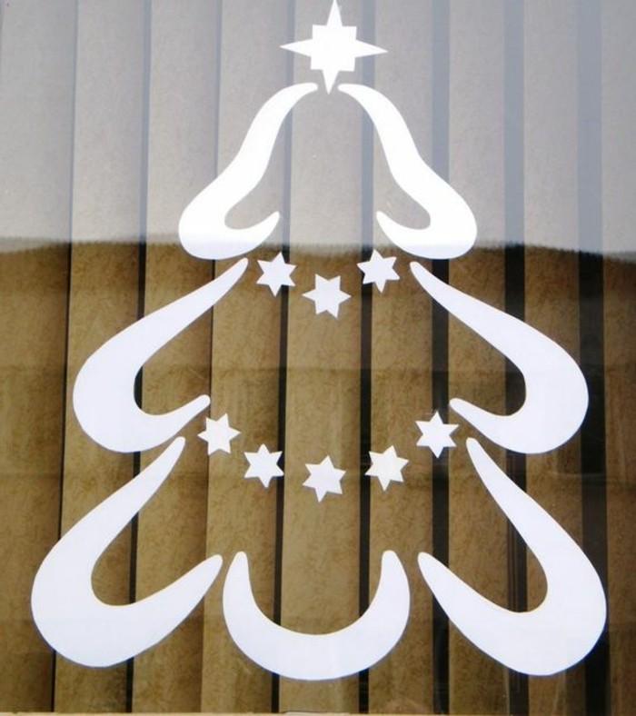 fensterbild-weihnachten-tannebaum-verziert