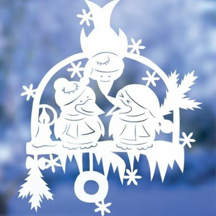 feine fensterbilder zu weihnachten und winterzeit