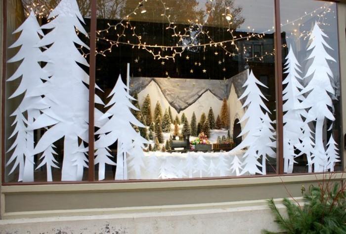 fensterbilder-weihnachten-tannenbaeume