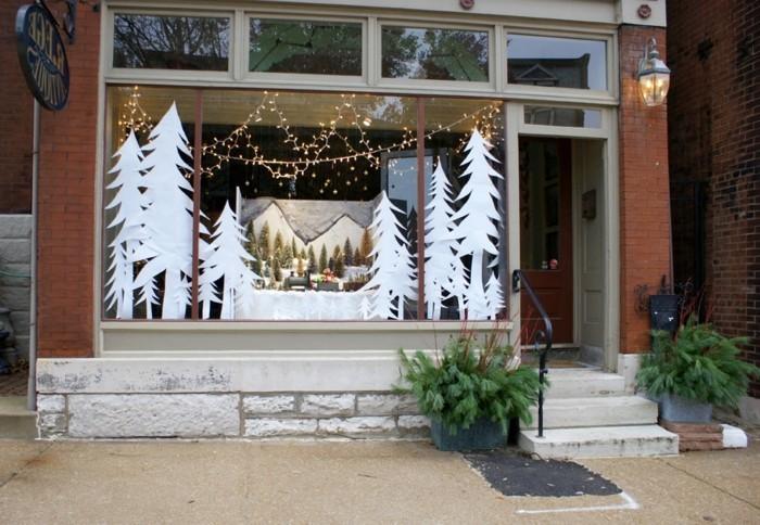 fensterbilder-weihnachten-vorlagen-weisse-tannenbaeume