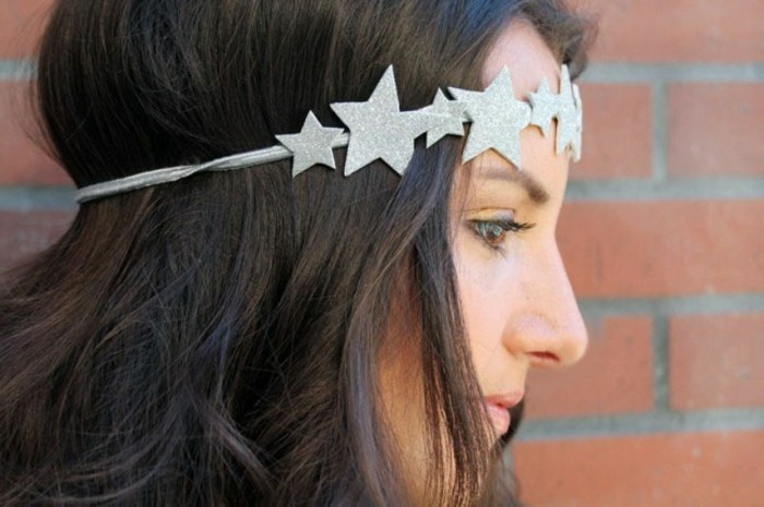 stirnband-selber-naehen-mit-glaenzende-sterne-in-grauer-farbe