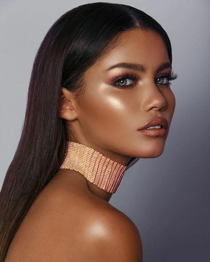 abend-make-up-kette-lipstick-kette-schminke-model-dunkle-haare
