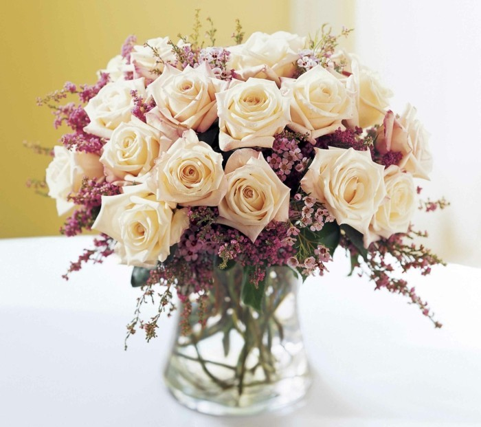 Flower delivery - beautify everyday life with color and fragrance
