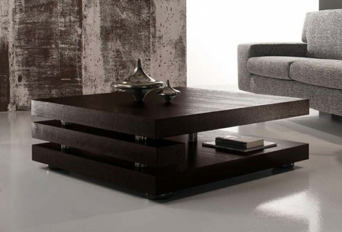 designer-couchtische-dunkelbrauner-holz-zwei-stoecke-modernes-design-tischdeko