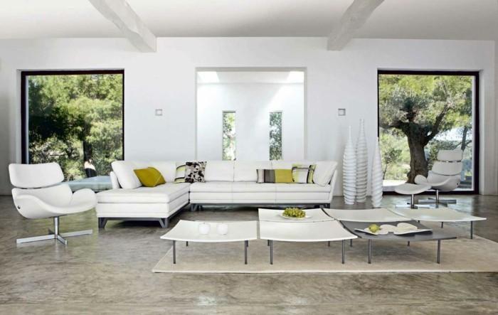 designer-couchtische-6er-set-teppich-beige-marmorboden-weisse-eckcouch-weisser-lederstuhl