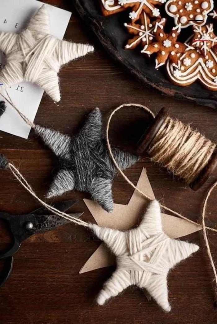 diy ideen inspiration weihnachtssterne weiß grau aus seil weihnachtsbaumschmuck basteln kreative bastelideen