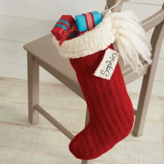 geschenke-haekeln-socke-voller-verpackungen