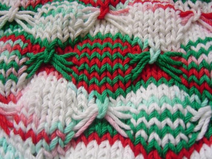 haekeln-weihnachten-in-gruen-weiss-und-rot