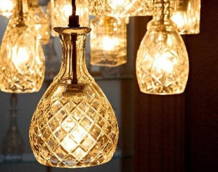 lampe-basteln-aus-schonen-flaschen-baleuchtung-licht