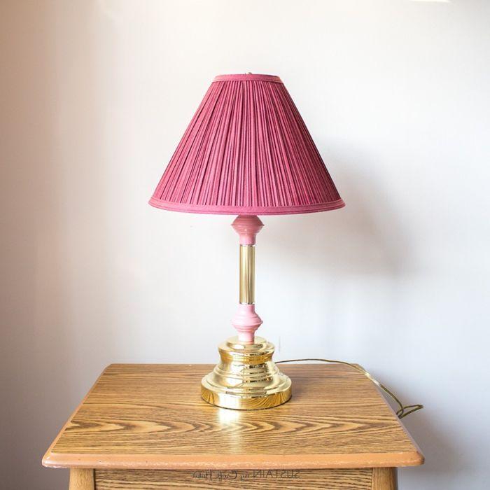 lampenschirm selber machen stehlampe mit rosa schirm diy ideen für zuhause bastelanleitungen