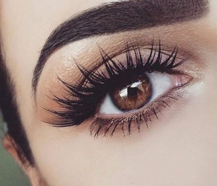 make-up-tutorials-augen-schminke-makeup-kuenstliche-wimpern-augenbrauen-nude