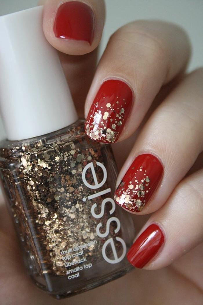 nageldesign-ideen-weihnacten-rot-und-gold-glitzer-festlich-nagel-nagellack
