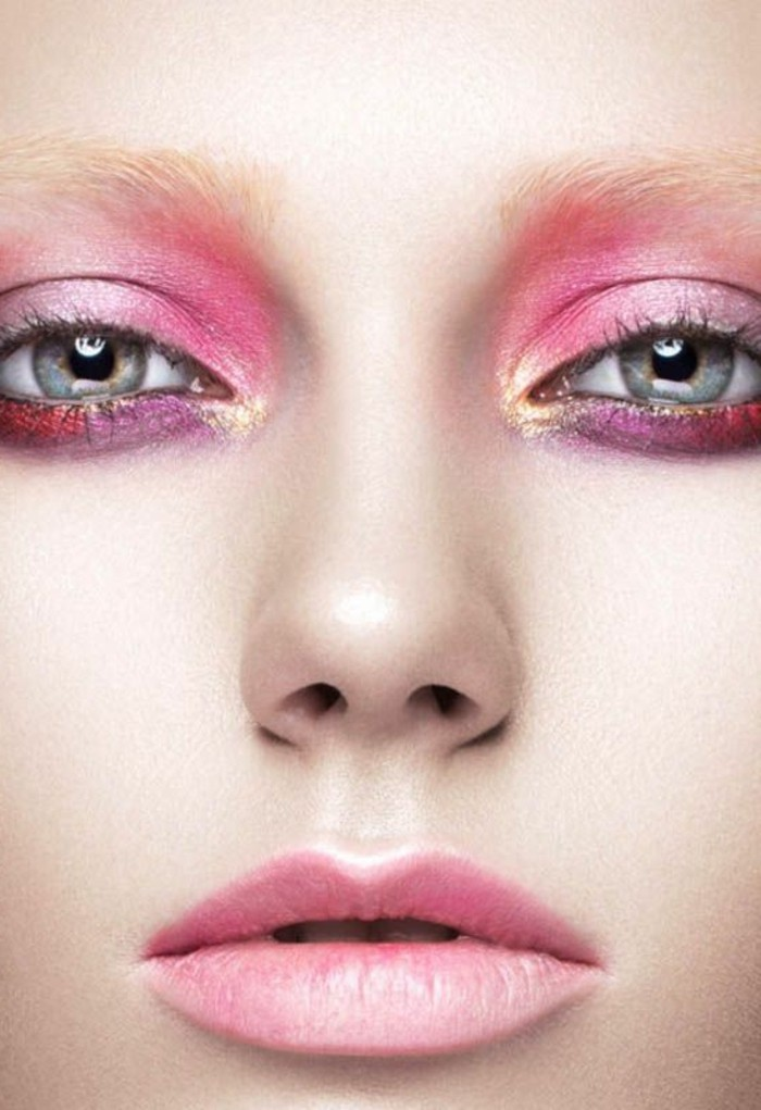 schminken-wie-die-stars-farben-auf-dem-gesicht-rosa-lila-lidschatten-gloss-mutig-party-look