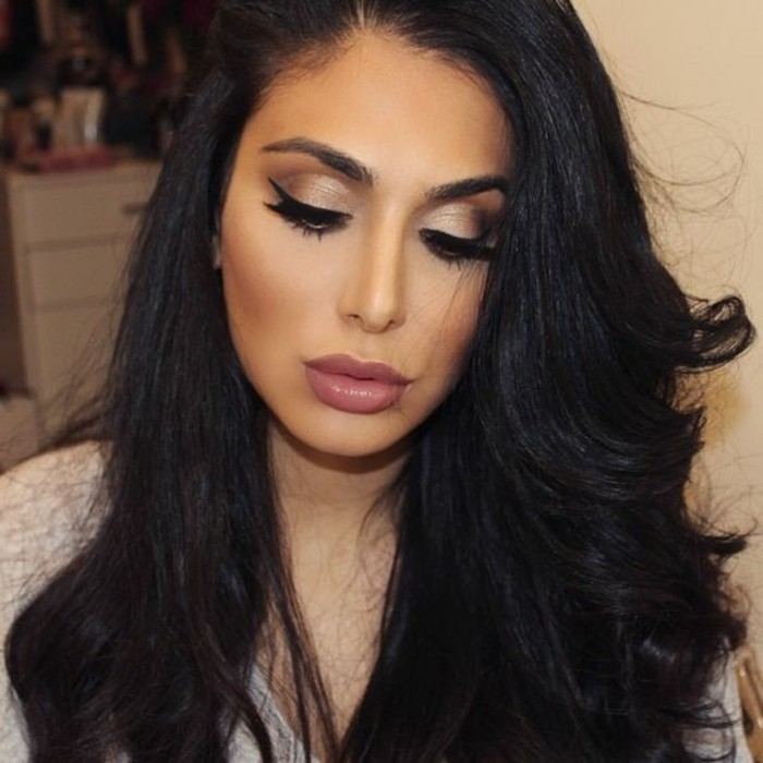 schminken-wie-die-stars-starlook-rouge-puderrouge-lange-schwarze-haare-augen-makeup
