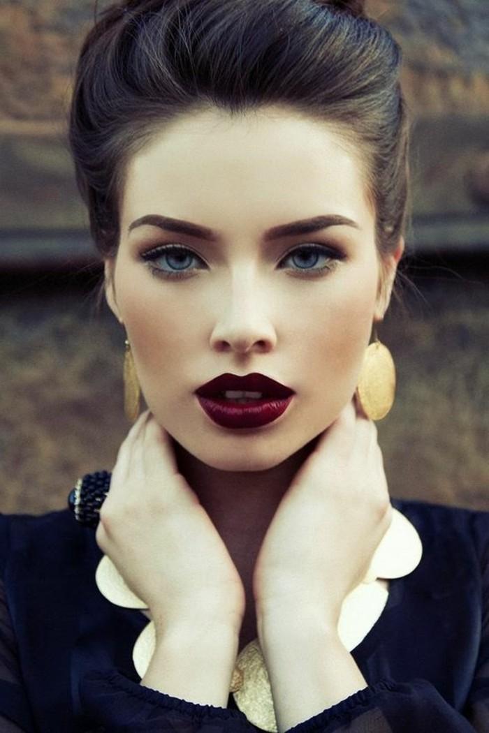 silvester-styling-retro-look-eleganz-frisur-lidstrich-dunkelrote-lippen-model-dame