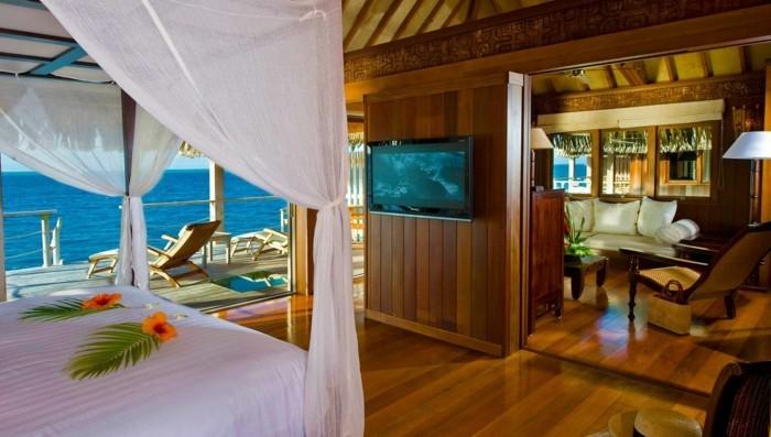 urlaub-auf-bora-bora-ferien-urlaub-reise-flitterwochen-romantisches-ambiente-in-dem-hotel-hotelzimmer-reise