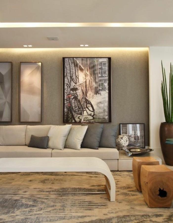 Wand Deko Bilder Pflanze Sofa Weiser Tisch Boden