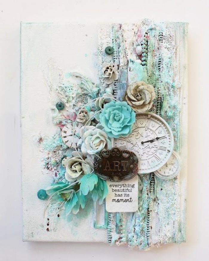 wanduhr-holz-pflanzendeko-blaue-rosen-weiss-federdeko-art-wanduhr-xxl