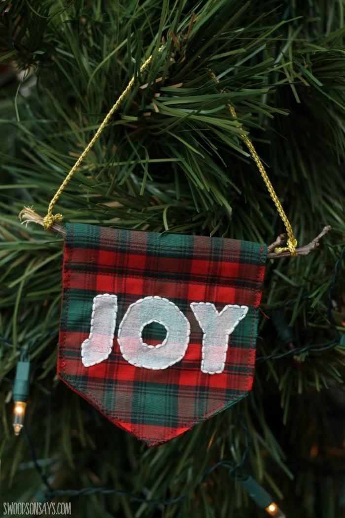 weihnachtdeko flannel weihnachtsbastelideen tannenbaum deko inspiration mit aufschrift joy