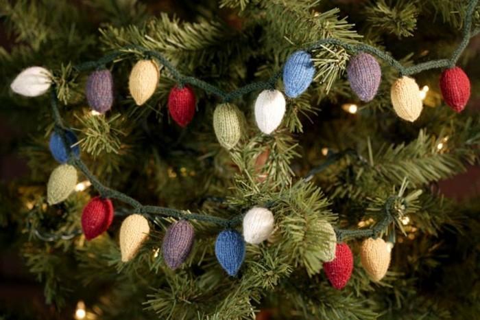 weihnachtsdeko-haekeln-auf-den-christbaum