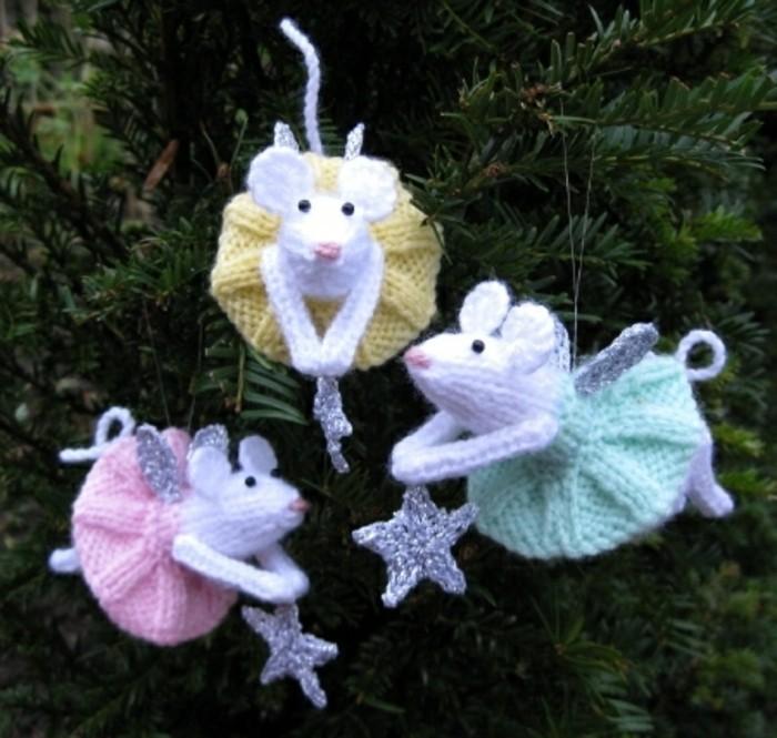 weihnachtsdeko-häkeln-drei-mäuse-mit-sternen