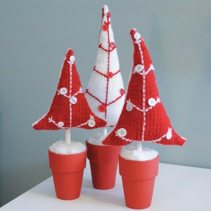 weihnachtsdeko-haekeln-drei-weihnachtsbaeumen