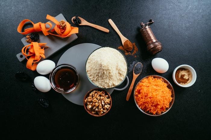 Glutenfreien Karottenkuchen selber backen, Zutaten auf einen Blick, Rezept für Weihnachtsdessert