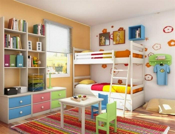 5kinderzimmer-für-zwei-zweistöckiges-bett-mit-leiter-musterteppich-parkettboden-weißer-tisch-wanddeko