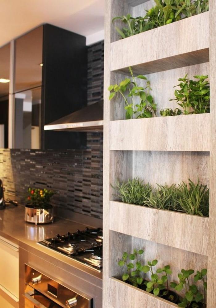 7-kreative-wohnideen-regale-mit-grünen-pflanzen-ofen-aspirator-topf-mosaikfliesen