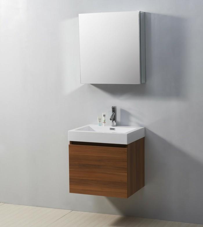 Badezimmerwände-ohne-fliesen-minimalistisches-badezimmer-mit-weißen-wänden
